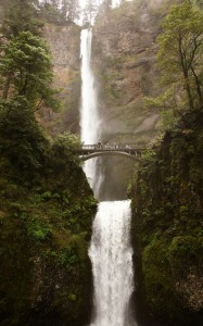 The full view of both tiers of the Multnomah Falls. Photo Jeanne O'Connor