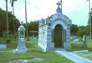 Many of the descendants of the three Fogarty brothers, who founded the town of Fogartyville, are buried in Fogartyville Cemetery on Third Avenue Northwest in Bradenton.