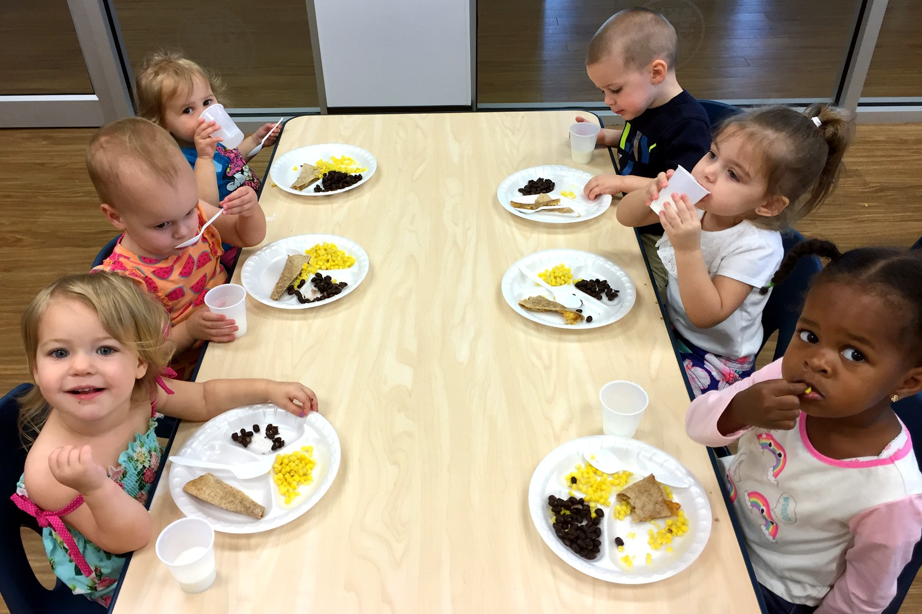 Its Lunchtime In The Kids Cafe At R Waterset From Left Are 2 Year Olds Hadly Shaw Hayley Doles Josalyn Jimenez Chilson Jackson