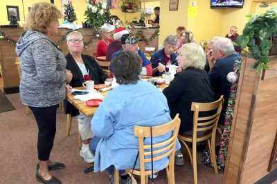 Kountry Kitchen owner Barbara Detty chats with diners about the quality of their dining experience. The experienced restaurateur knows good food and service are what keep customers coming back. LOIS KINDLE PHOTO